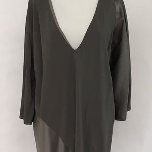 Dresses & Skirts - 100% Made in Silk Gray Silver Long Sleeve Dress